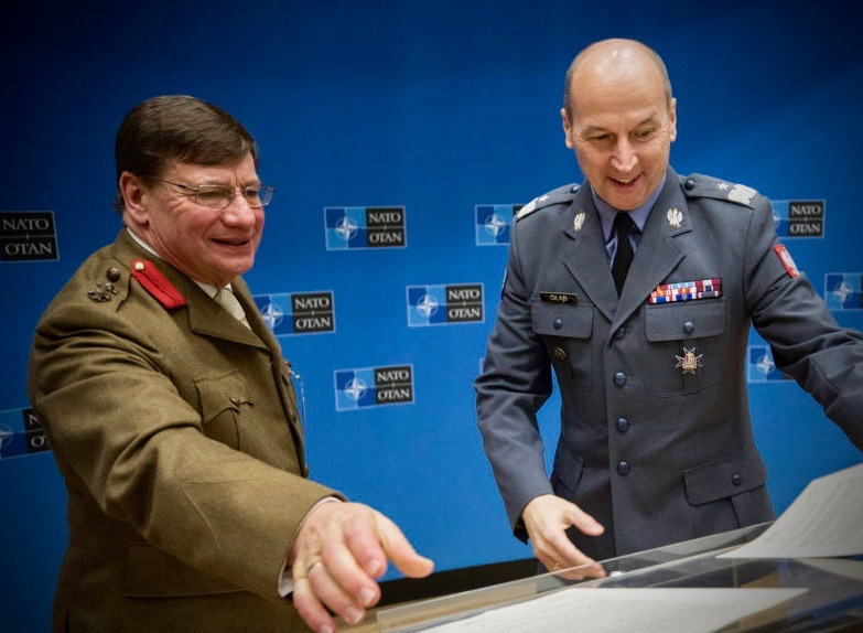CIOR President Colonel (R) Chris Argent (left) and National Reserve Forces Committee (NRFC) Brigadier General Robert Glab signing the MOU between the two organizations in January this year. Photo: NATO HQ.