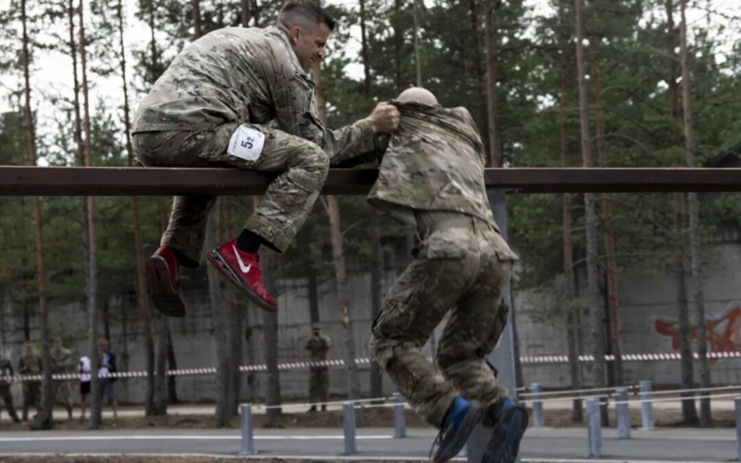 For the first time, Romanian volunteer Reservists train with US Reserves.